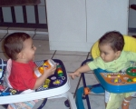 conversa de duas crianças