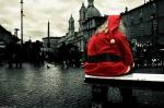 o anjo veste vermelho